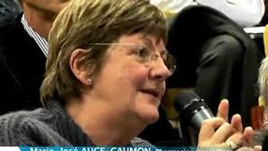 Marie-Josée AUGE CAUMON, membre du bureau de la CNPL, présente au CESE le rapport sur les addictions.